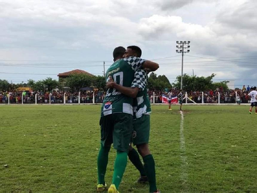 Novo Horizonte vence USA no primeiro jogo da semifinal do Peladão . e170a4dd2fe38